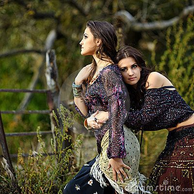 1000+ images about Gypsies on Pinterest | The gypsy, Gypsy ...