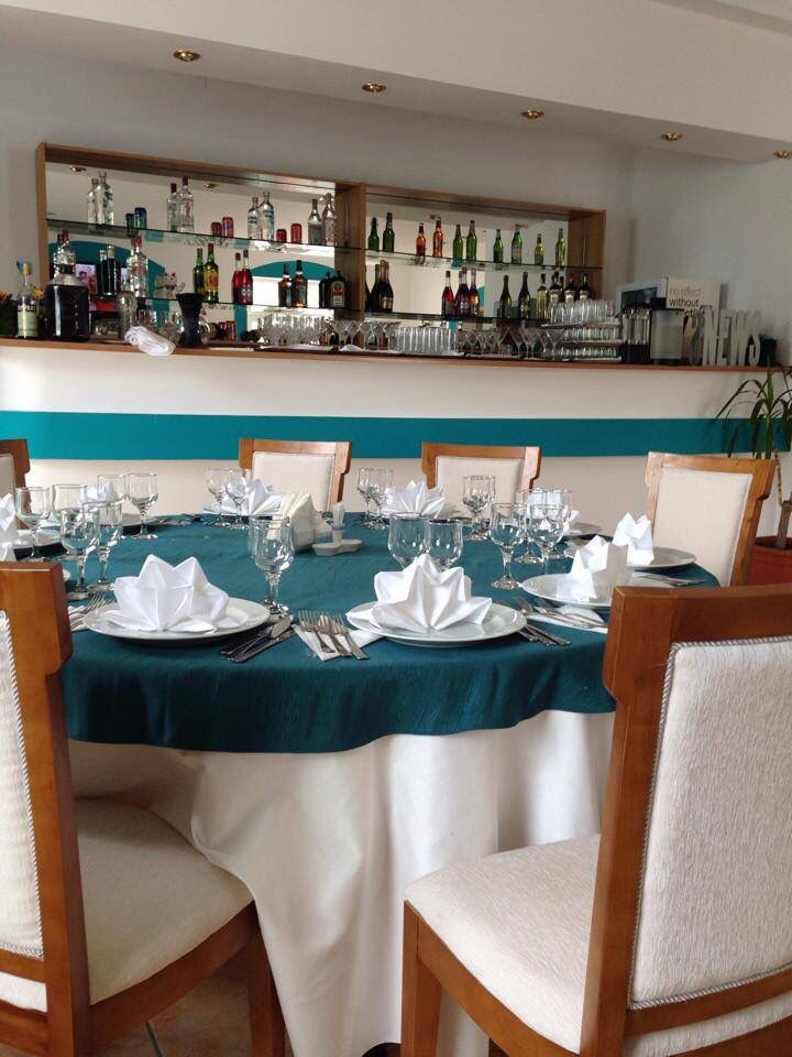 Interior restaurant Turquoise Mamaia
