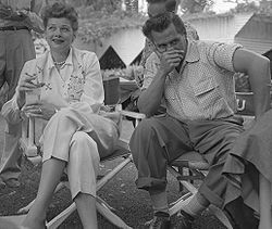 1940 – Lucille Ball married Desi Arnaz in Greenwich, Connecticut.