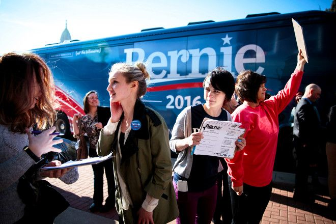 Bernie Sanders Backers Hope Facebanking Will Pull Super Tuesday Votes