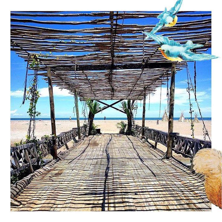 The bridge at La Laguna..  #lalagunabali #seminyak #balilife #bridge #beach #sunsetbali #whattodoinbali #amazingbali #lalaguna #gypsyplace #balibible #decoration #vacation