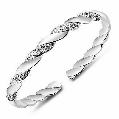 Beautiful 925 Sterling Silver Bracelet / Bangle