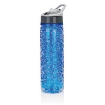 Bottiglia mod.P432.755 a doppia parete da 550 ml con gel refrigerante non tossico integrato. Un modo unico per mantenere fresche le tue bevande. In tritan, senza BPA.