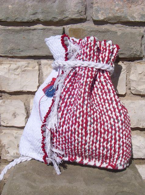 weaving wall art and bags:       Χειροποίητη υφαντή τσάντα πλάτης διαστάσεων ...