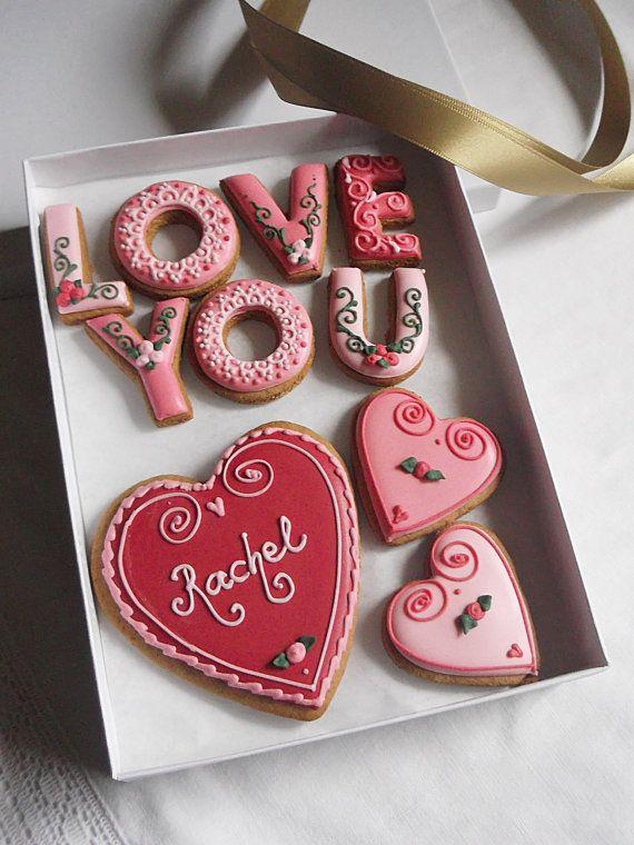 Día de San Valentín personalizada te amo caja por CookieArtLondon