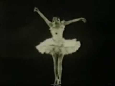 Anna Pavlova (1881-1931) in her signature ballet, The Dying Swan, choreographed by Mikhail Fokine in 1905.