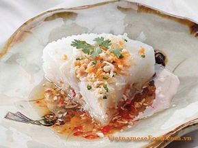 One of my best favor Vietnamese Food Recipes from childhood is Bánh Đúc with Coconut Milk and Grinded Pork (Bánh Đúc Nước Cốt Dừa với Thịt Xay). My mom usually cooks this dish for my breakfast meals. Its flavor is so amazing especially for me. Bánh Đúc does not have English Name. This cake is the best cakes in Middle Area, Vietnam. It made from non-glutinous rice flour or corn flour. It is white and has soft texture and milk flavor. (http://www.vietnamesefood.com.vn)