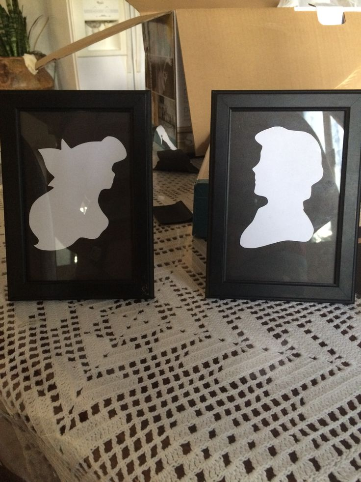 Ariel and Eric silhouette in frame _byAshleyBerrios