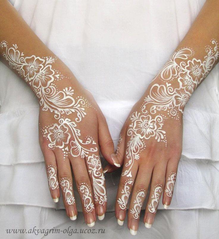 Olga Meleca || white bridal henna paint