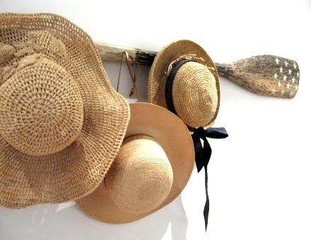 oar as a hat rack