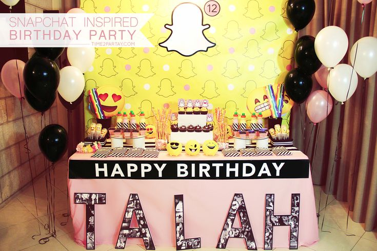Snapchat Themed Birthday                                                                                                                                                                                 Más