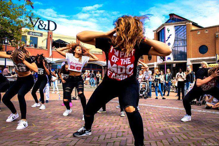#MDCAssen Dancers @MDCAssen @MaluRosaJansen 29-08 © 2015 #MrOfColorsPhotography™ #assen #drenthe #hiphop #dancers #dancing #dance #holland #canon #canonphotography #dancephotography #dancephotographer #journeyofcolors #mrofcolors