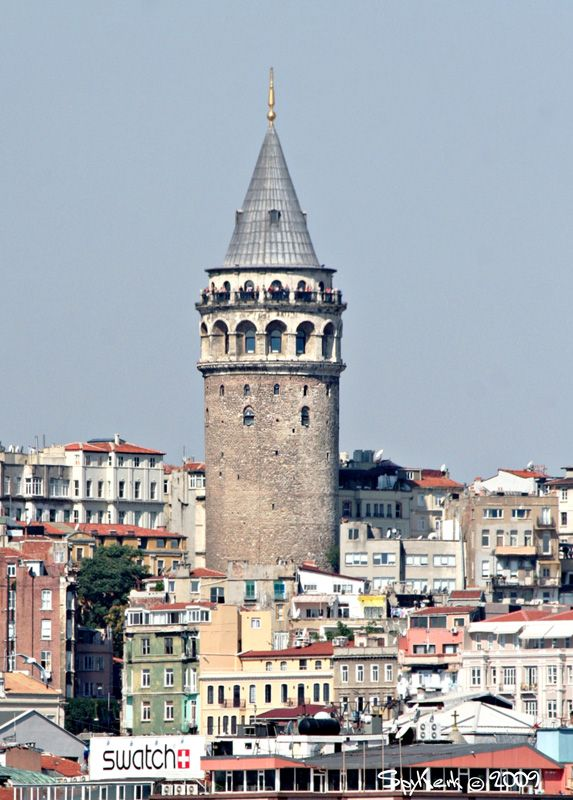 Galata kulesi through the eyes of spykerk