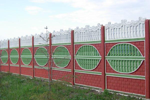 Ограждение из бетонных секций