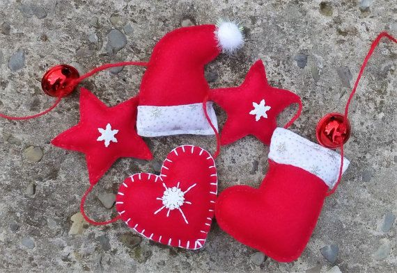 Christmas Garland Red Felt Garland Snowflakes by DaisyFelts