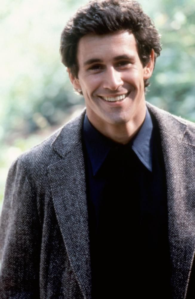 Michael Ontkean, 1982 | Essential Gay Themed Films To Watch, Making Love http://gay-themed-films.com/watch-making-love/