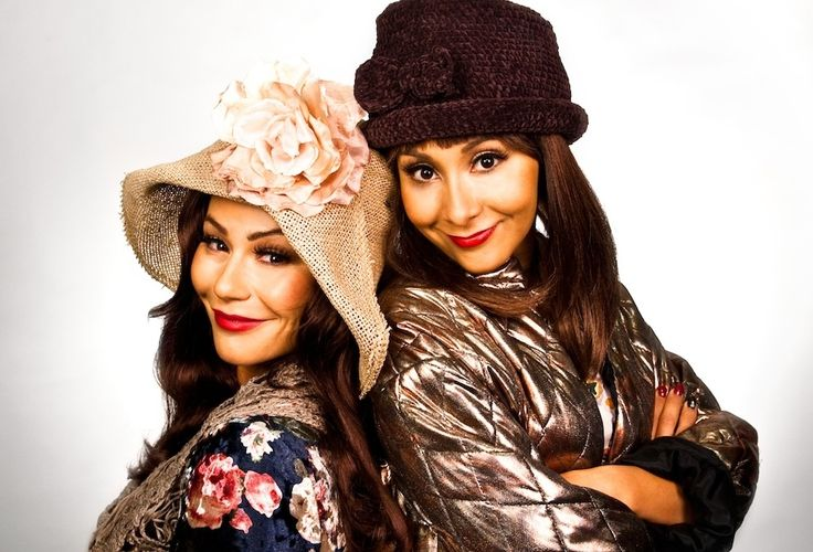 As Blossom and Six from Blossom: | Snooki And JWoww Dressed As Iconic Television Duos