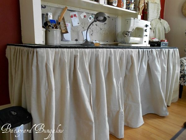 Table skirt to hide the clutter: Crafts Fair, Crafts Rooms Offices, Utility Tables, Drop Dead, Drop Cloths, Tables Skirts, Sewing Crafts Rooms, Diy, Dead Drop