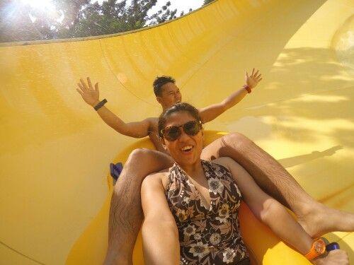 Woohooo! Lets screaammmmmm!! #couple #twizted #waterbompik