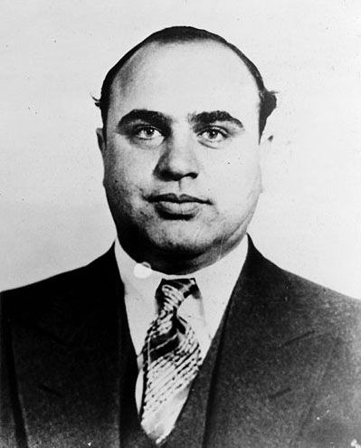 al capone a criminal mind Al scarface capone gained power and noteriety in chicago as both a businessman and criminal, he was a genius as both a businessman and criminal, he was a genius his rise and fall is legendary.