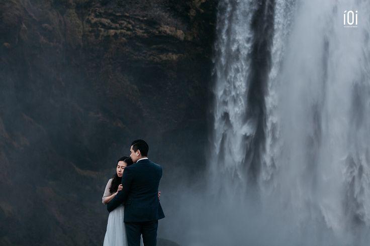 Iceland Wedding photo in skogafoss
