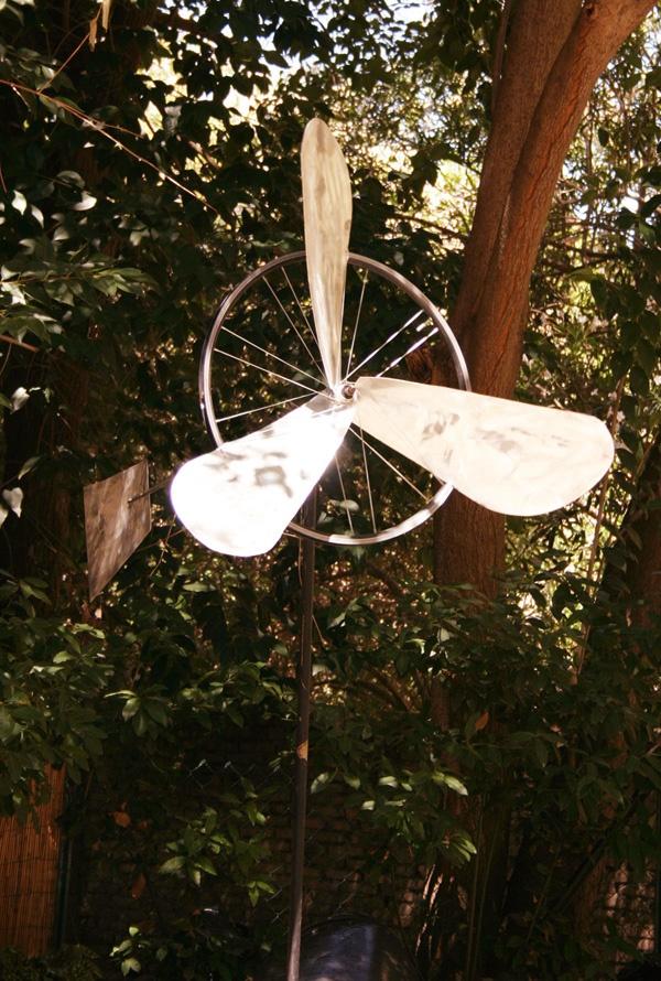 Tipologia: Arredo giardino  Oggetto: Mulino a vento