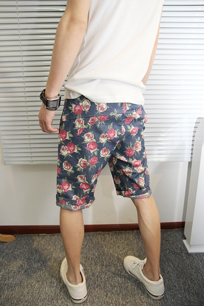 Top 25 ideas about Men & Flowers on Pinterest | Floral shorts ...