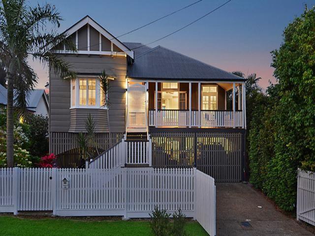 18 storkey street windsor qld 4030 queenslander colour for Queenslander exterior colour schemes