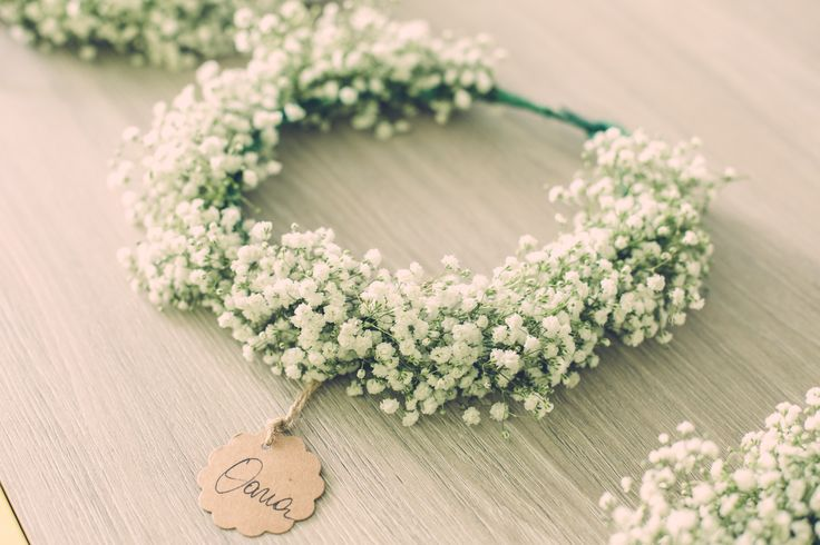 Bridesmaid flower wreath Gypsophila