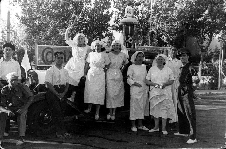 24 Fotos: Mujeres en la Guerra Civil