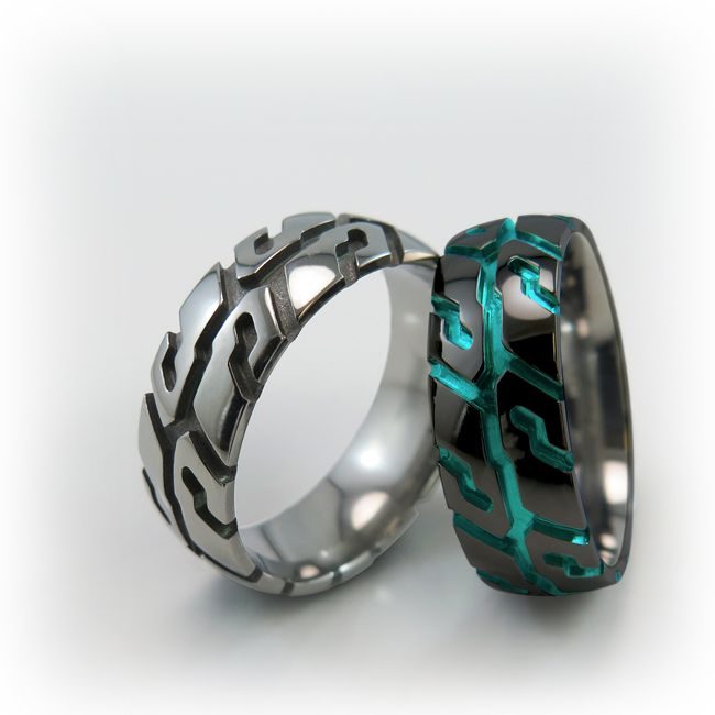 Tire Tread titanium rings ! Customizable with your own favorite tread pattern !