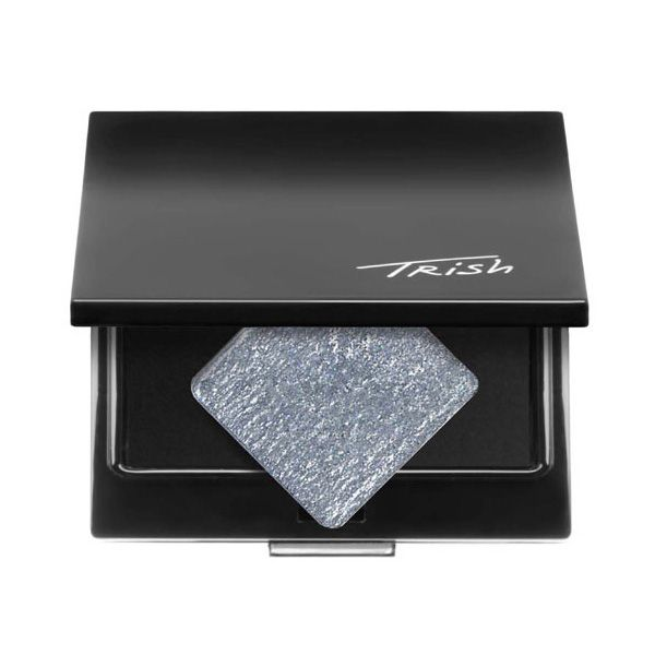 Trish Mcevoy's Glaze Eye Shadows give eyes a delicate sheen or a wash of color. To accent eyes or deliver contour apply one layer or build layers for a dressier look. Perfect applied over Eye Base Essentials and Matte Eye Shadows. Designed to fit perfectly into Trish's magnetic refillable makeup pages and compacts. 0.05 oz (1.5 g)