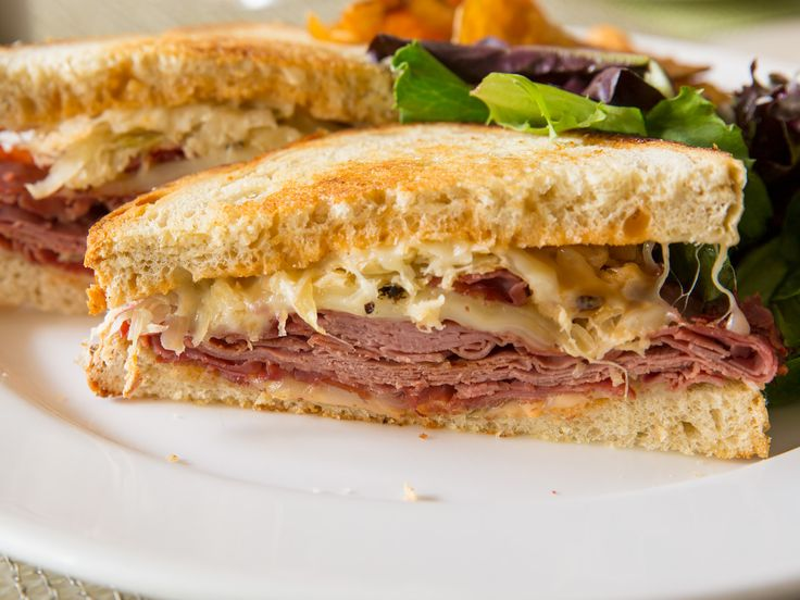 Yo #Reuben with corned beef, sauerkraut, Thousand Island, and Swiss
