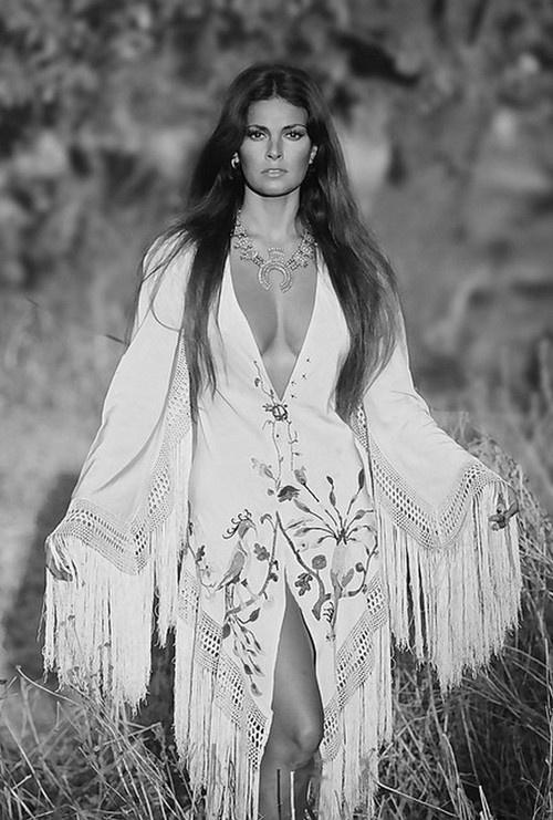 Raquel Welch ♥