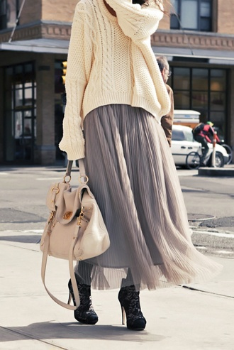 pleated maxi skirt / cable sweater