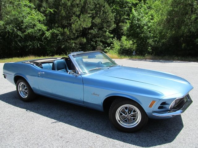 17 best images about mustang convertible on pinterest cars ford mustang convertible and dream. Black Bedroom Furniture Sets. Home Design Ideas
