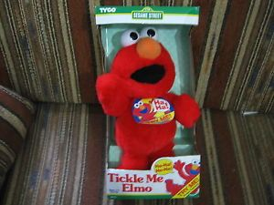 Original-Tickle-Me-Elmo-doll-by-Tyco-in-1996-Brand-New-in-the-box-RARE