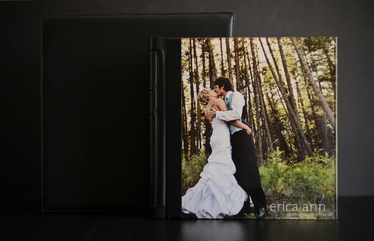 Renaissance Albums - 12x12 SoHo Book  |  Acrylic Cover  |  Chelsea Leather - Black Spine  |  12 Pagespreads  |  Source: Erica Ann Photography & Fine Art (http://www.ericaannphotography.com/portland-wedding-blog/2010/10/12-x-12-acrylic-cover-flush-mount-wedding-album-seriousy/#)