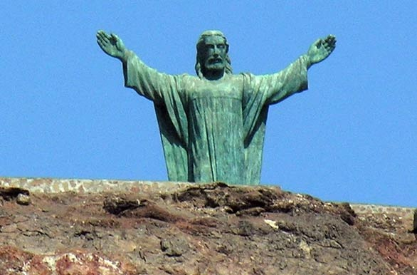 Cristo Redentor, Arica, Chile - http://bit.ly/5bZfMI