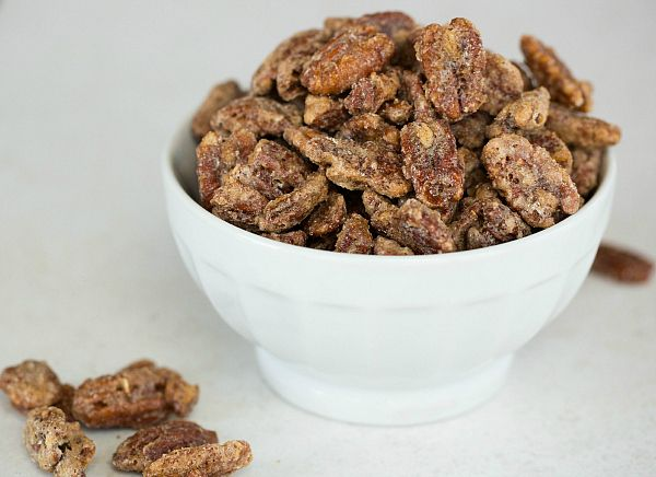 Heavenly Candied Pecan Recipe | This is a quick snack and absolutely delicious and insanely addicting  #PecanDay #holiday #appetizer @Michelle (Brown Eyed Baker)