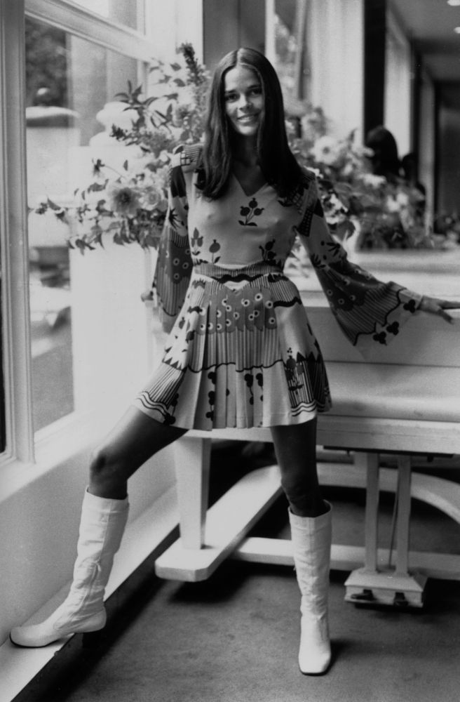 Ali MacGraw's Style, love it!!!
