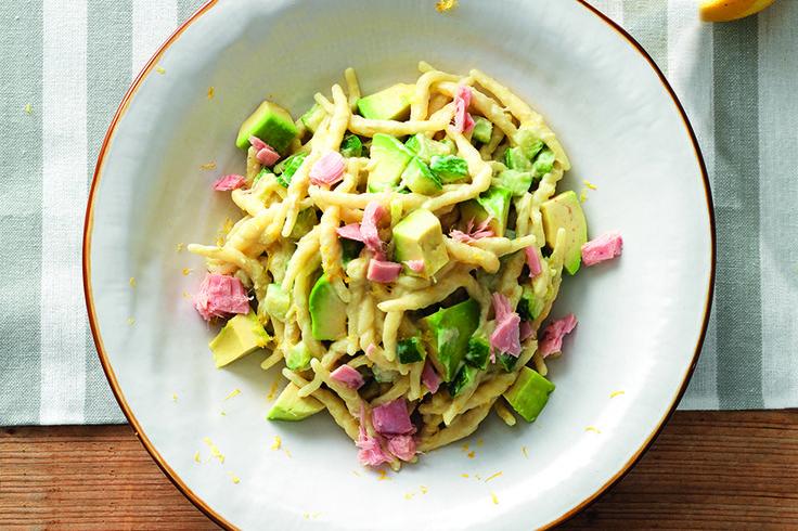 Pasta Alla Crema Di Avocado su Pinterest | Ricette salutari di avocado ...
