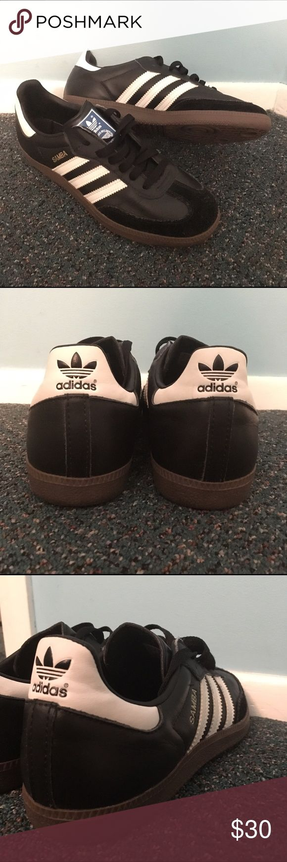 Adidas Samba Super cute, super comfy, very new, Black & White Adidas Samba sneakers. Only worn a handful of times ! Kept them stored away in my closet because I own too many ! Adidas Shoes Athletic Shoes