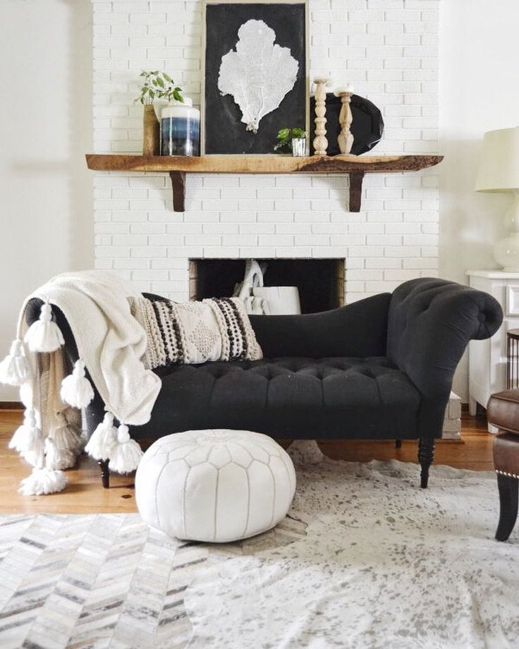 Loving this comfy little nook by @thenester. That herringbone rug has found a perfect home Weve found it for less for you. Links on the blog! #copycatchic #rug #cowhide #CopyCatChic
