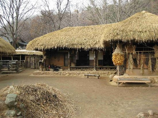 Korean Folk Village in Suwon, S. Korea. It's like the Williamsburg of Korea. The kids and I had a great time here.