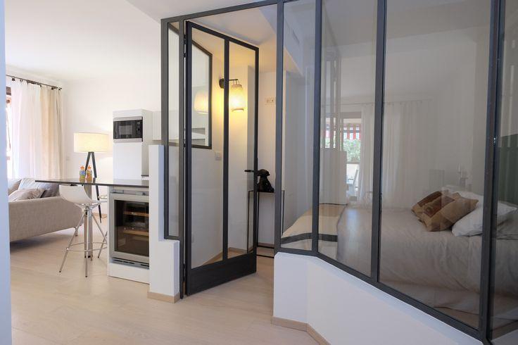 chambre avec verrière intérieure - appartement de 37 m2 entièrement réaménagé à Monaco par Archi'zed
