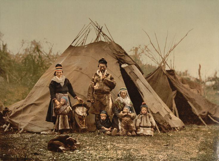 Saamelaisperhe Norjassa 1900-luvun alussa