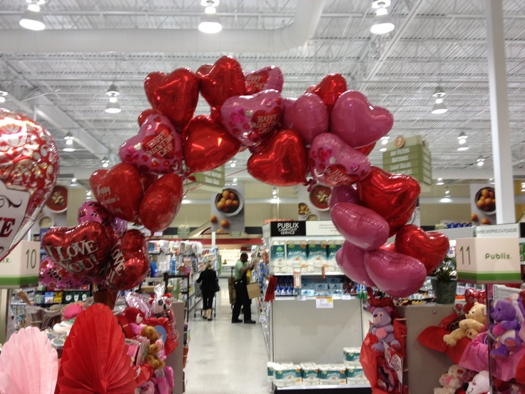 valentine's day balloon twisting