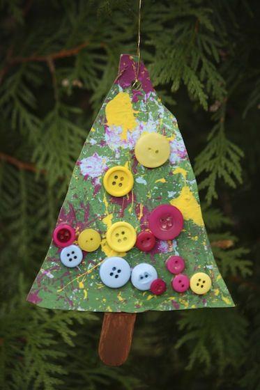 Button Christmas Tree Ornaments - Happy Hooligans - kid\u0027s xmas craft