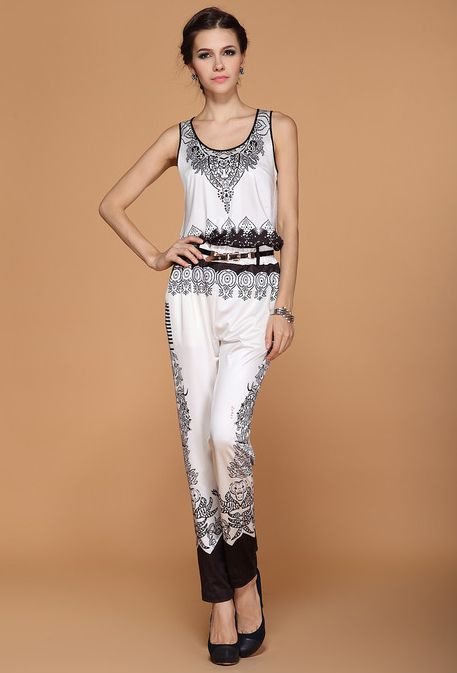512b365e229 Black White Sleeveless Floral Jumpsuit
